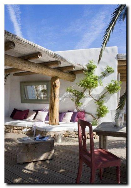 tuinspiegel-mediterrane-sfeer-spiegel-tuin-buiten